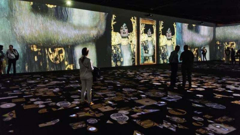 Klimt La Mostra Al Mudec Di Milano è Un Tuffo Multimediale Nellarte