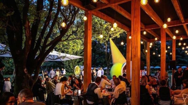 Dove mangiare all aperto a milano 10 ristoranti con for Articoli da giardino milano