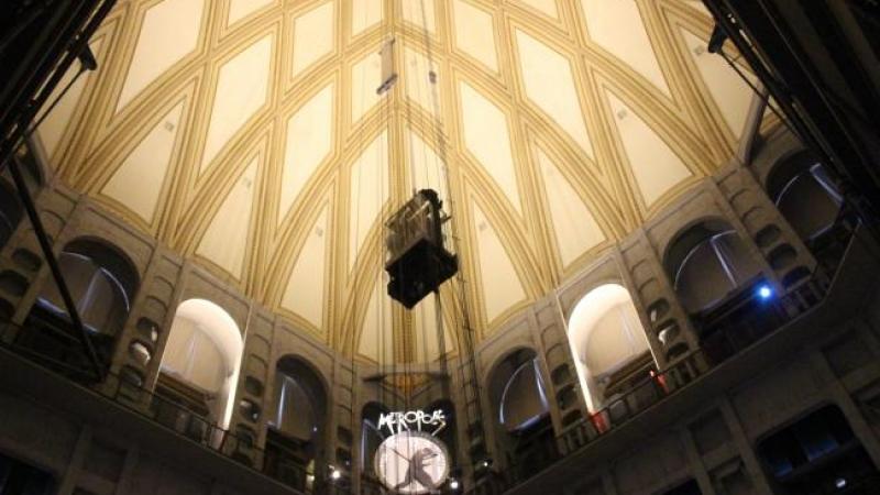 L 39 ascensore panoramico della mole antonelliana chiude al pubblico per manutenzione torino - Costo ascensore interno 3 piani ...