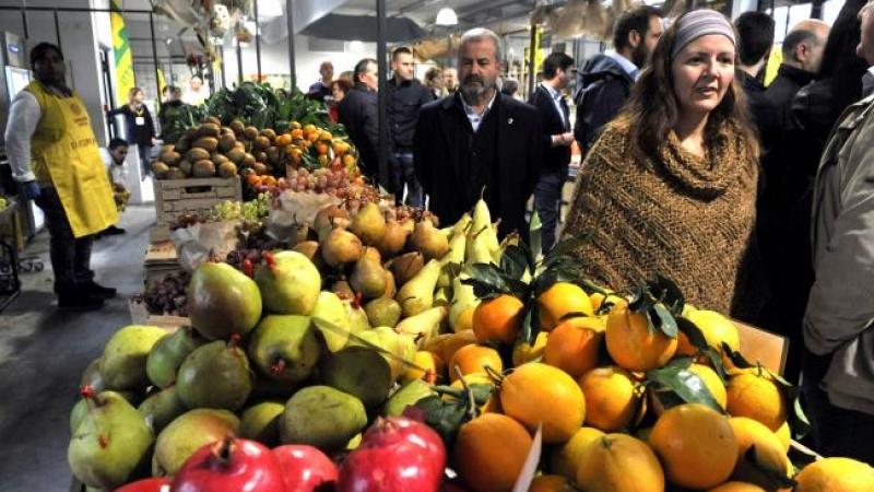 Il nuovo mercato coperto di porta romana il pi grande - Il mercato della piastrella moncalieri orari ...