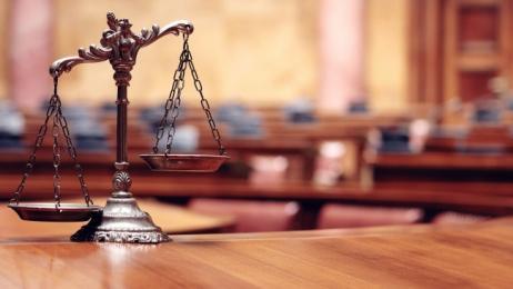 Dating avvocato di sesso femminile datazione di un anno nessuna proposta