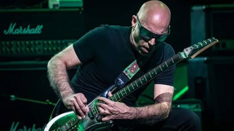 Joe Satriani in concerto con The shapeshifting tour 2020 - Roma