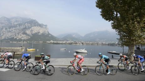 Remco Evenepoel: brutta caduta al Giro di Lombardia: ecco come sta